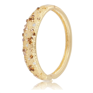 Picture of Reflection gold bangle